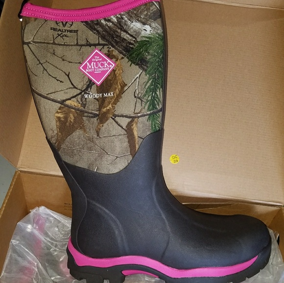 4d96b045eba Women's woody max muck boots NWT